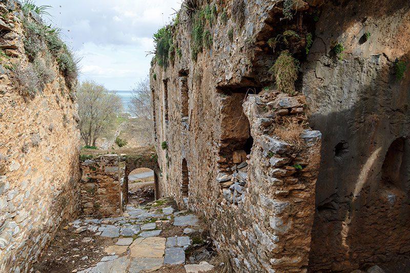 mersin anamur anemurium antik kenti kilise gezilecek yerler