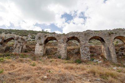 mersin anamur anemurium antik kenti su kemerleri 400x266