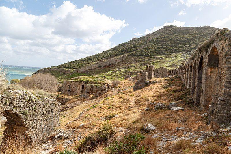 mersin anamur anemurium antik kenti tarihi yapilar