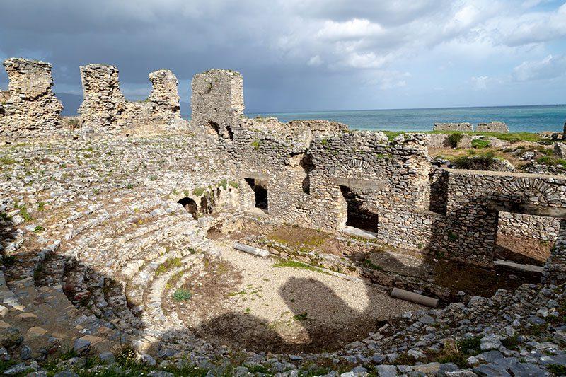 mersin anamur anemurium antik kenti tiyatro