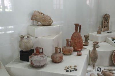 mersin arkeoloji muzesi arkeolojik eserler 400x266