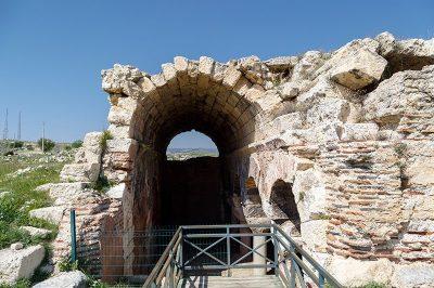 mersin azize tekla kutsal alani tarihi sarnic 400x266