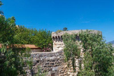 bodrum kalesi yilan kulesi 400x266