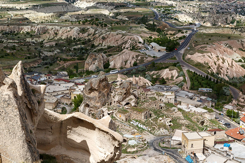 kapadokya nevsehir uchisar kalesi zirve manzarasi