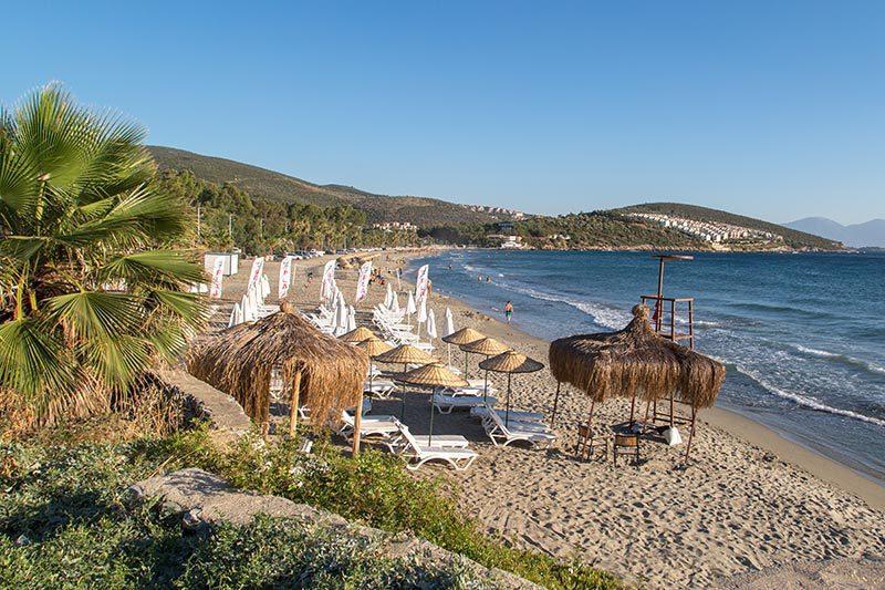 kusadasi pygela plaji sahili