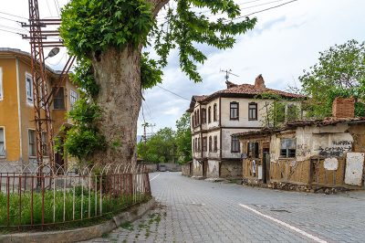 sinop tarihi eski boyabat evleri caddesi 400x266