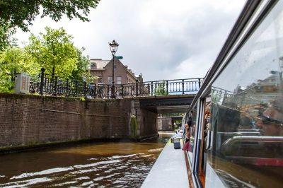 amsterdam kanal tekne turu gezilecek yerler 400x266