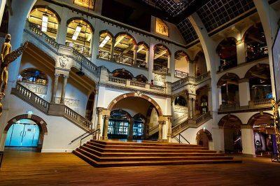 amsterdam tropenmuseum ic tasarim salonu 400x266
