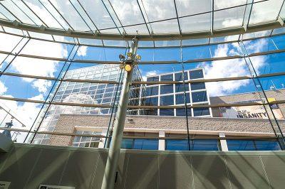 amsterdam van gogh muzesi muze ici 400x266