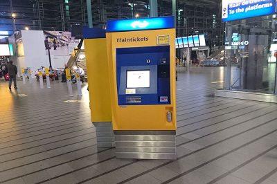 amsterdamschipol havalimani bilet makineleri 400x266