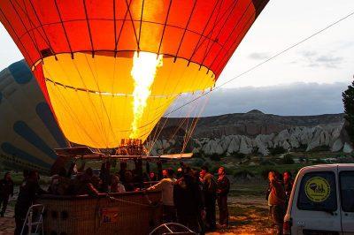 kapadokya balon turu gezi yazisi kaya balloons 400x266