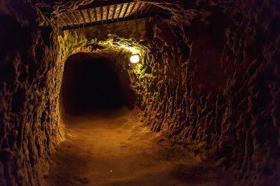kapadokya derinkuyu yeralti sehri gezilecek yerler 400x266