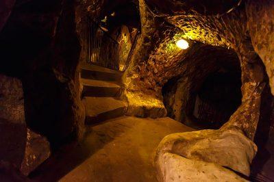 kapadokya derinkuyu yeralti sehri gorulecek yerler 400x266