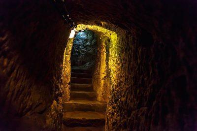 kapadokya derinkuyu yeralti sehri tarihi mekanlar 400x266