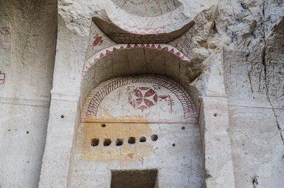 kapadokya goreme malta hacli kilise 400x266
