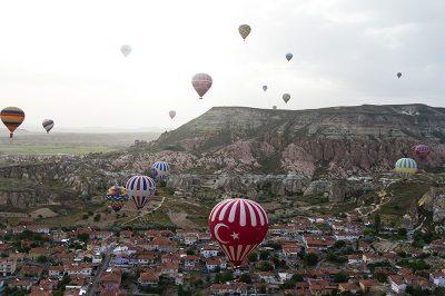 kapadokya nevsehir balon turlari 400x266
