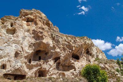 kapadokya urgup temenni tepesi gezilecek yerler 400x266