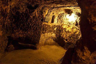 kapadokya yeralti sehirleri odalari 400x266