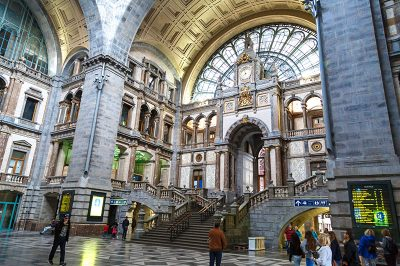 antwerp central station gezi yazisi 400x266