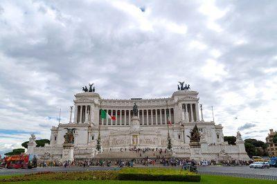 vittorio emanuele ii piazza venezia 400x266