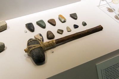 antalya alanya arkeoloji muzesi cekic 400x266