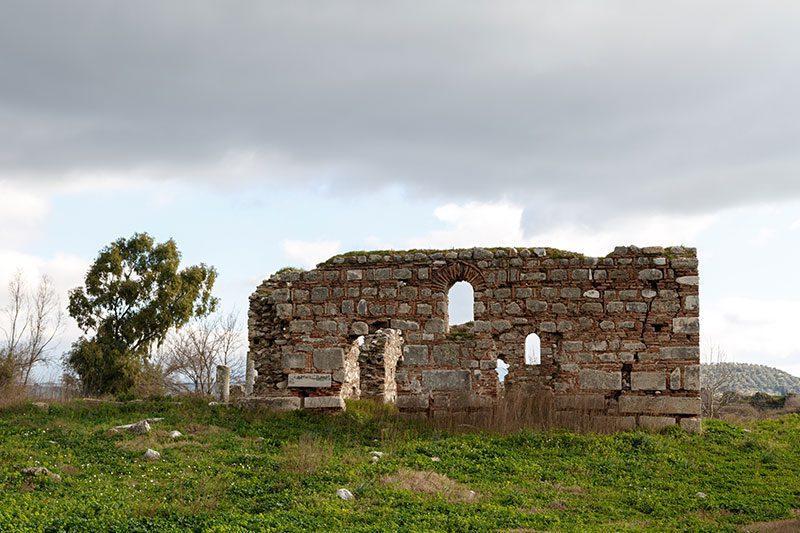 magnesia antik kenti duvarlari
