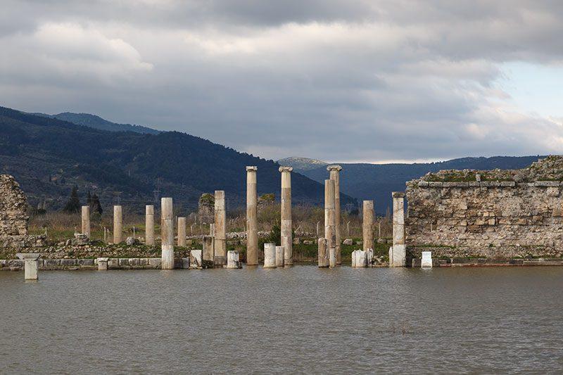 magnesia antik kenti su basmasi