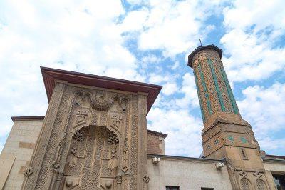 ince minare medresesi muzesi minaresi 400x266