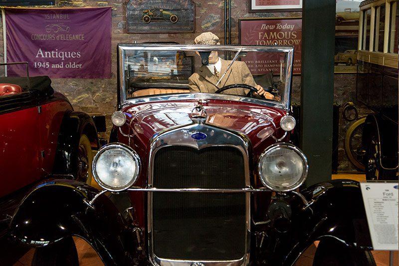 rahmi koc muzesi bulent bulgurlu galerisi otomobilleri