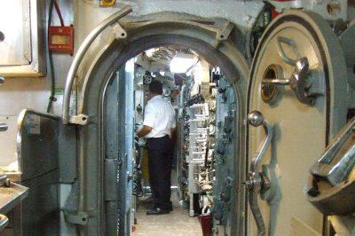 rahmi koc muzesi denizalti ici 400x266