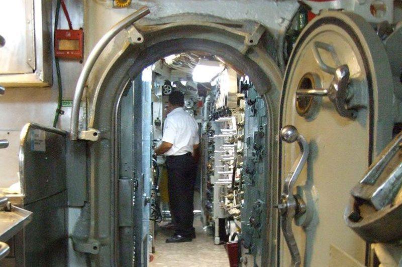 rahmi koc muzesi denizalti ici