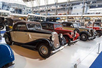 bruksel autoworld otomobil sergisi gezilecek yerler 400x266
