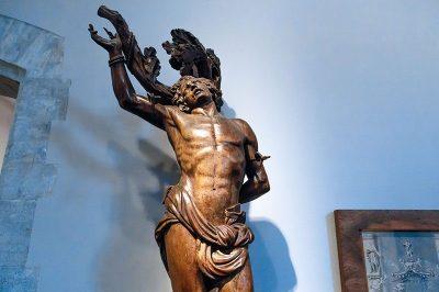 bruksel kent muzesi heykelleri 400x266