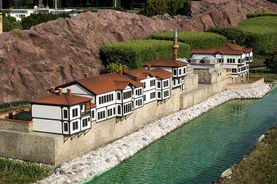 istanbul miniaturk amasya evleri 400x266