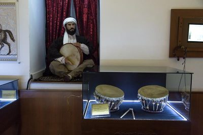 sabuncuoglu tip cerrahi tarihi muzesi muzikle tedavi 400x266