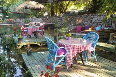 adrasan paradise cafe restoran 400x266