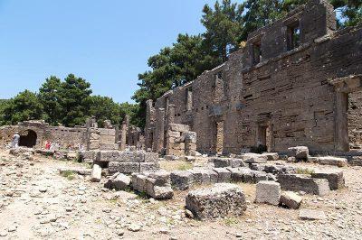 antalya lyrbe seleukeia antik kenti agora 400x266