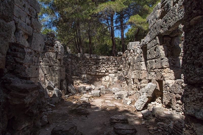 antalya phaselis antik kenti kalintilari