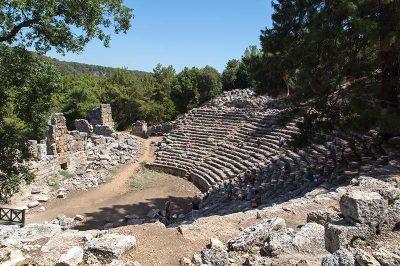 antalya phaselis antik kenti tiyatrosu 400x266