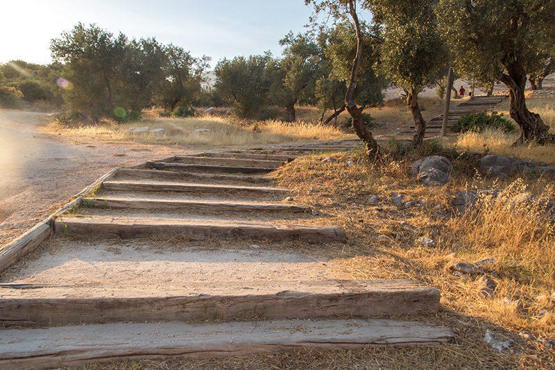 antiphellos antik kenti tiyatrosu basamaklari