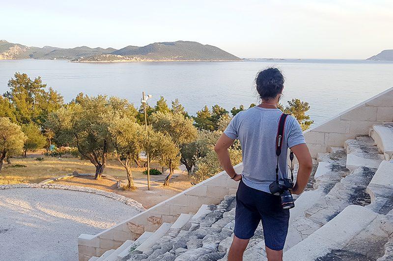 antiphellos antik kenti tiyatrosu gorulecek yerler