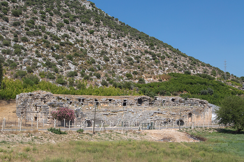 finike limyra antik kenti tiyatrosu