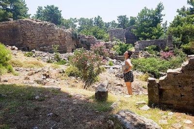 lyrbe seleukeia antik kenti gorulecek yerler 400x266