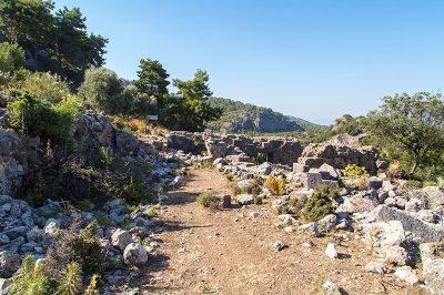 mugla pinara antik kenti kalintilari 400x266