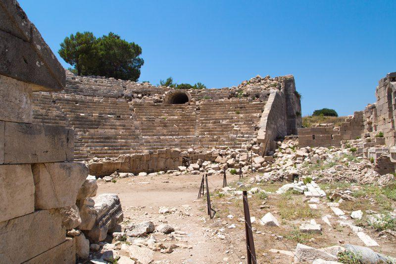 patara antik kenti tiyatrosu