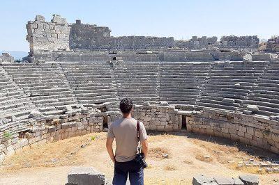 xanthos antik kenti tiyatrosu 400x266