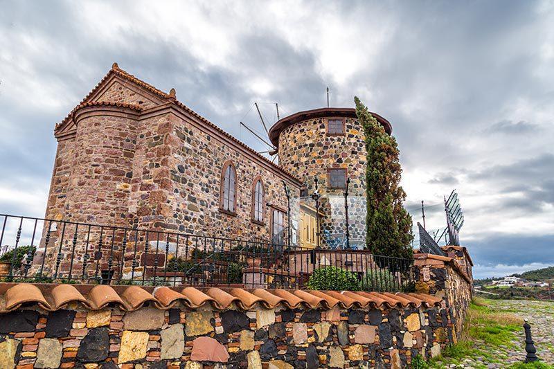 ayvalik agios yannis kilisesi gezilecek yerler