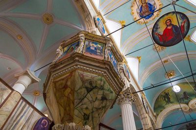 ayvalik taksiyarhis anit muzesi fresk 400x266