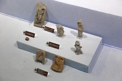 izmir arkeoloji muzesi eserleri 400x266