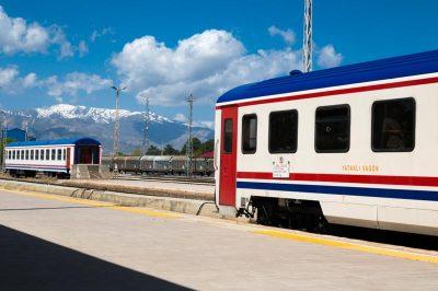 dogu ekspresi erzurum tren istasyonu munzur daglari 400x266